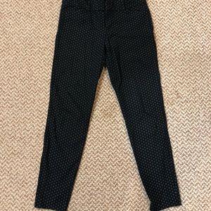 Old Navy Pants - Old Navy Pixie cigarette diamond print pants